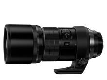 Världens mest kompakta teleobjektiv som motsvarar 600 mm* och har inbyggd IS