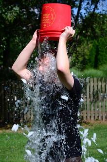 Ice-Bucket-Challenge - Wie ein Trend kulturübergreifend um die Welt geht