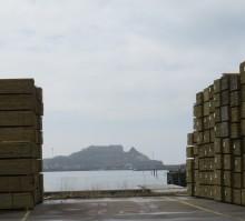 Sveriges största hamn på sågade trävaror – slår nya rekord