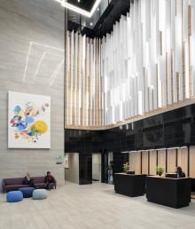 Ecophon lanserar en vertikal akustisk designprodukt