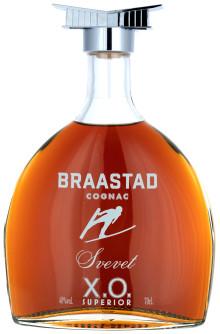 En hyllest til verdens største hoppbakke – en serie eksklusive cognac!
