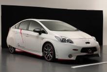 Toyota visar Prius konceptbil på  Tokyo Auto Salon