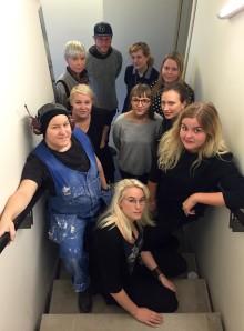 """Inbjudan till en visning av utställningen """"Något har hänt – Gustavsberg en plats i förändring"""""""