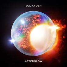 Juliander släpper singel, EP och åker på Europaturné med Alan Walker.