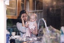 Så dåligt mår svenska mammor – alarmerande siffror i mamas stora undersökning