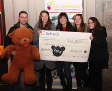 T-Shirt-Aktion vom Krawallbar bringt 10.000 Euro fürs Bärenherz