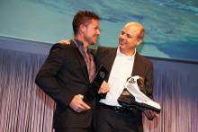 Meindl först med att falla fritt och bryta ljudvallen i 1342 km/h  Felix Baumgartner- projekt Stratos, uppdrag yttre rymden