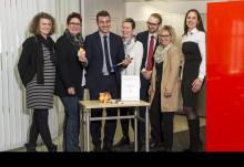 Tag des Ehrenamtes: Santander Mitarbeiter sammeln für Kölner Kinderonkologie