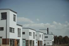 Byggloven på bostadsmarknaden störtdyker