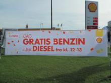 288 bilister tankede gratis hos Shell