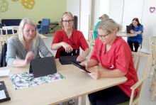 Nu kan äldre i särskilda boenden och närstående träffas via videosamtal