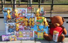 """Toys """"R"""" Us beschenkt das Kinderhospiz Bärenherz"""