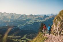 Wandern im Trend: Die Schweiz erfindet den perfekten Schuh.