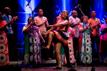flerfaldiga Grammisvinnarna Soweto Gospel Choir gör fyra konserter i Sverige