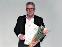 """Karl-Erik Strand (Vasastan, Stockholm) får hedersomnämnande """"Årets Senior"""" för sina insatser inom skola"""