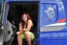 Kvinnelige sjåfører mer lønnsomme enn menn