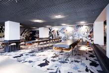 Petter A. Stordalen klipper snora på Comfort Hotel Xpress