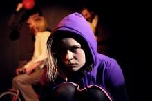 FAMILJEHISTORIER av Biljana Srbljanović premiär 26 april med Teater Accént