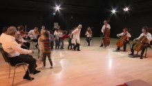 Världsorkester spelar med Bromöllas femåringar