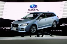 Triss i nyheter i Subarus monter i Genève