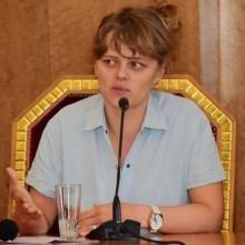 Hon avslöjade Putins kontakter med maffian