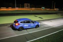 Az első hazai zéró emissziós téligumiteszt - Ford Focus Electric-kel tesztelték a teljes hazai téligumi kínálatot