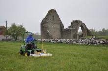 Arkeologer kartlägger livet i de Öländska borgarna