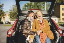 Att köpa bil gör oss nästan lika lyckliga som att köpa bostad