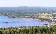 Riksbyggens Solar Egg landar på Långbryggan i Rättvik