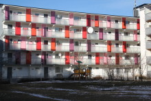Hammerglass skyddar boende i miljonprogrammets bostäder