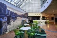 Cumulukset Turussa, Jyväskylässä ja Kotkassa muuttuvat tänään Scandic-hotelleiksi - hotellinjohtajilta vaaditaan johtamistaitoja, sillä hotellit ovat auki koko muutoksen ajan