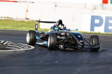 Rekordjämn titelduell i Formel Renault 1,6
