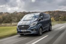 Uusi Ford Transit Custom – Euroopan myydyin tonniluokan pakettiauto on nyt tyylikkäämpi, tehokkaampi ja siinä on enemmän uutta teknologiaa