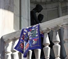 Hermès Carré – en livslång passion! Auktion avslutas online 24 maj.