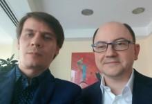 """SELFIE INTERVIU. Cum l-a """"surprins"""" pe Cătălin Crețu succesul tehnologiei contactless și o poveste hazlie cu americani, Bank of Transilvania și Dracula"""
