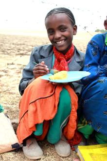 O'Learys medarbetare reser med Svenska FN-förbundet till Etiopien och möter skolbarn
