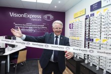 Local MP Bill Grant officially opens new optical store in Ayr