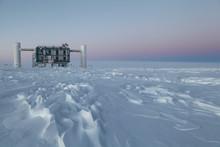 Upptäckter i Antarktis is öppnar nytt fönster mot universum