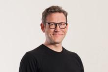 MANZ-Porträt des Monats: Arbeit ganzheitlich denken - Martin Risak