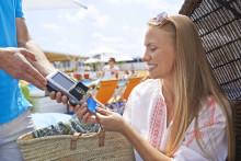 80% Belgische vakantiegangers kiest voor het buitenland  maar verspilt nog steeds tijd en geld met ouderwetse betaalgewoonten