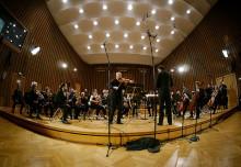 Unik spelning i september på Malmö Live när syriska musiker i exil sammanstrålar i Syrian Expat Philharmonic Orchestra