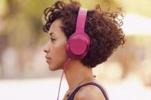 Jetzt wird es bunt: Sony präsentiert neue  Hi-Res Audio Kopfhörer und Player in leuchtenden Farben