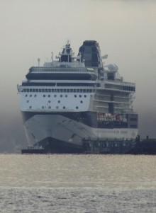 Kryssningsfartygen fortsätter tömma sitt avloppsvatten i Östersjön