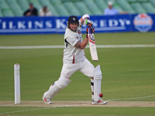 Award-winning Kent cricketer, Darren Stevens, to support ellenor during his benefit year