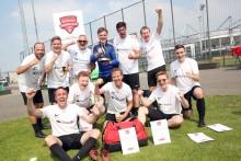 12. Santander Fußball Cup: Mitarbeiter-Turnier steigert Vorfreude auf Fußball-WM
