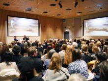 Bikubenfonden skruer op for samtalen om kunsten