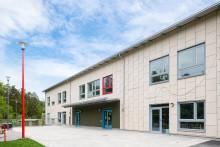 6 av 10 kommunala fastighetschefer skeptiska till att hyra skolor av privata aktörer
