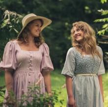 The Hebbe sisters flirtar med 1954 i 65-års jubilerande Värmlänningarna
