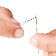 Innovativ synål med smart nålsöga!