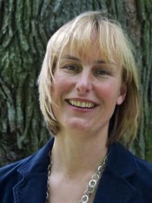 Travet värvar Maria Guggenberger